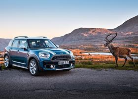 Тест-драйв Mini Countryman New: из Mini – в Midi