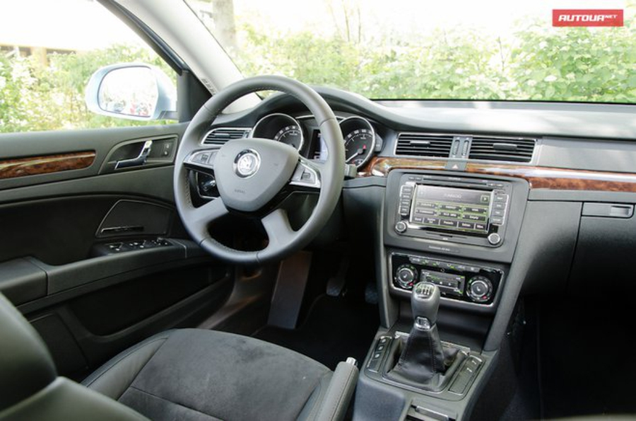 Skoda Superb FL интерьер