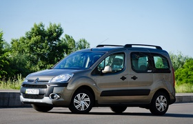 Тест-драйв Citroen Berlingo Multispace XTR — семейный автобус