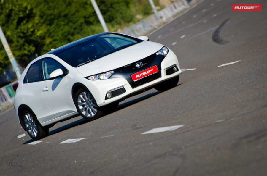 Тест-драйв Honda Civic хетчбэк 2012