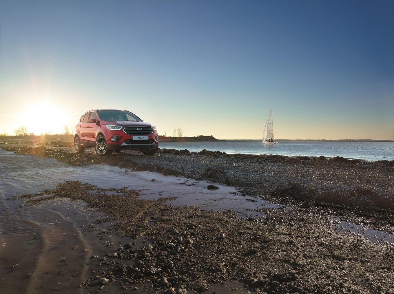 Тест-драйв Ford Kuga Vignale 2017: жили бедно, хватит!