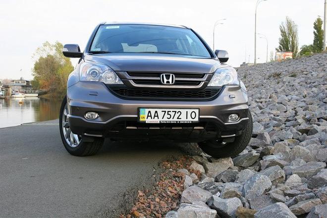Honda CR-V — народный тест-драйв паркетника с историей