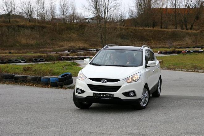 Nissan Qashqai и Hyundai ix35 — народный тест-драйв конкурентов по паркету