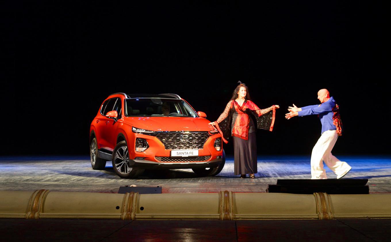 Первый украинский тест Hyundai Santa Fe: одной ногой в премиуме