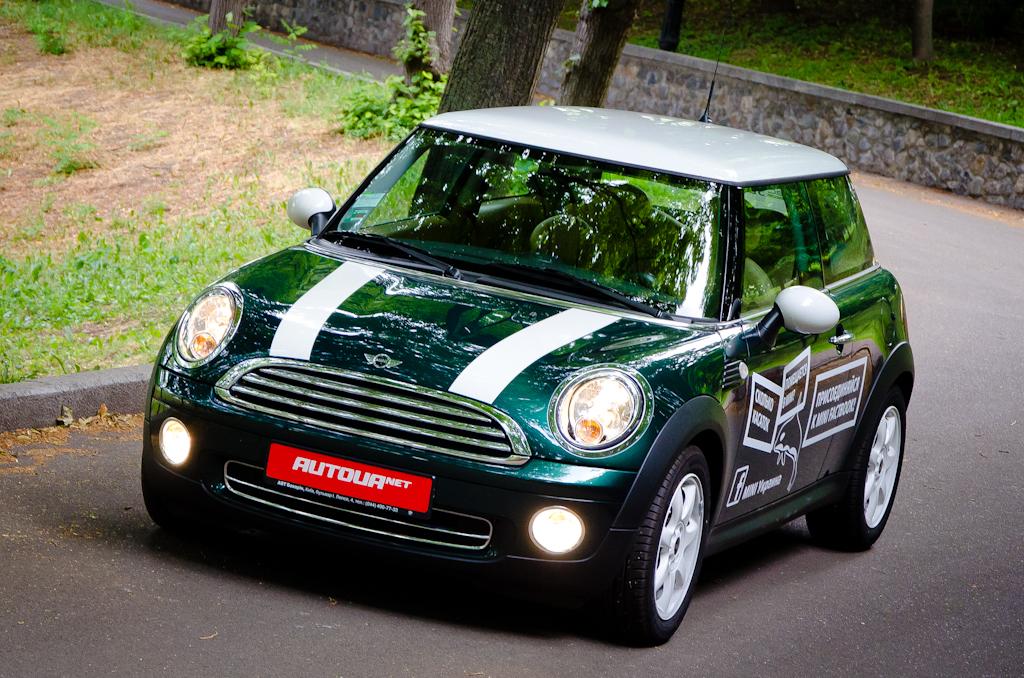 Тест-драйв MINI Cooper — гаджет автомобильный