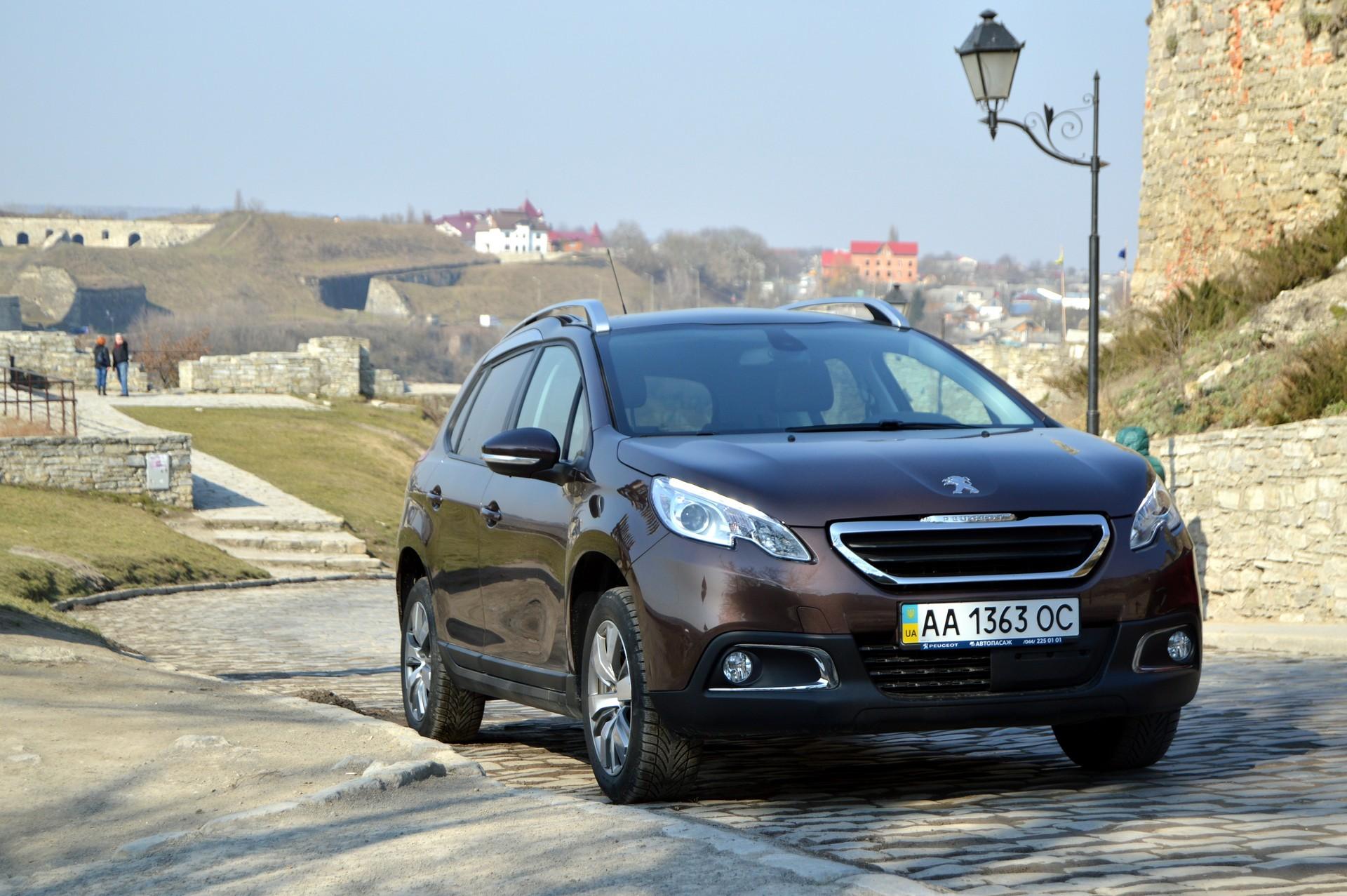 Тест-драйв Peugeot 2008 — смотрим на кроссовер по-новому