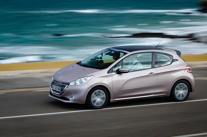 Первый тест-драйв Peugeot 208 — лучше меньше, да лучше!