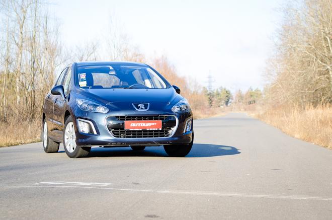 Тест-драйв Peugeot 308 — примеряем на себя всю линейку французских хетчей С-класса