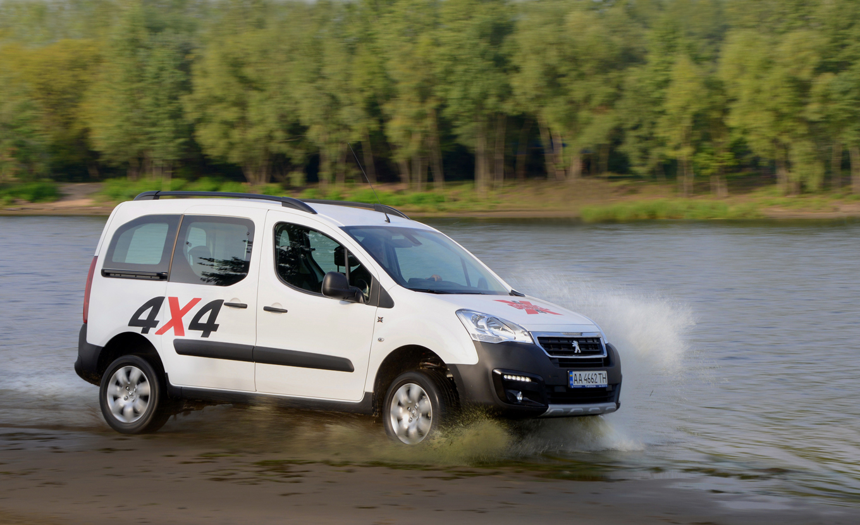 Тест-драйв Peugeot Partner Tepee Dangel: крепыж