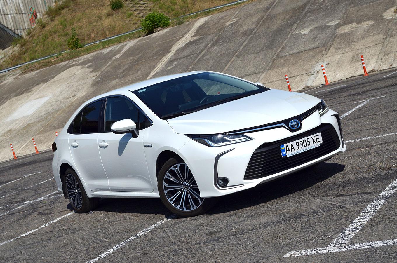 Тест-драйв Toyota Corolla Hybrid — антидизель